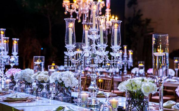 01-wedding-candelbra-at-jumeirah-island-dubai