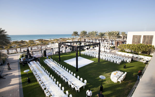 06-Ombre-love-wedding-at-saadiat-island-abudhabi