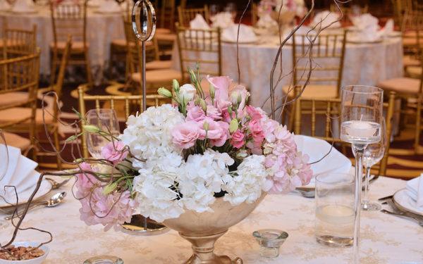 07-centerpiece-conrad-hotel-elegant-wedding-dubai-uae