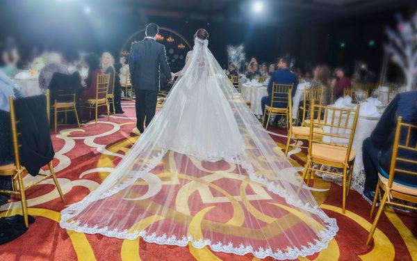 09-bride-and-groom-conrad-hotel-elegant-wedding-dubai-uae