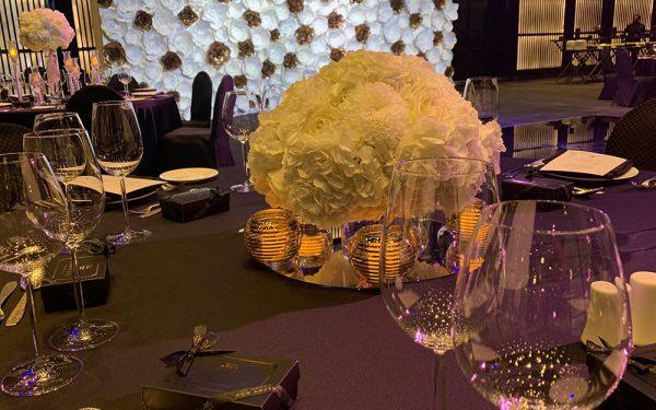 ARMANI HOTEL DOWNTOWN BURJ KHALIFA WEDDING PAPER FLOWER candel holder