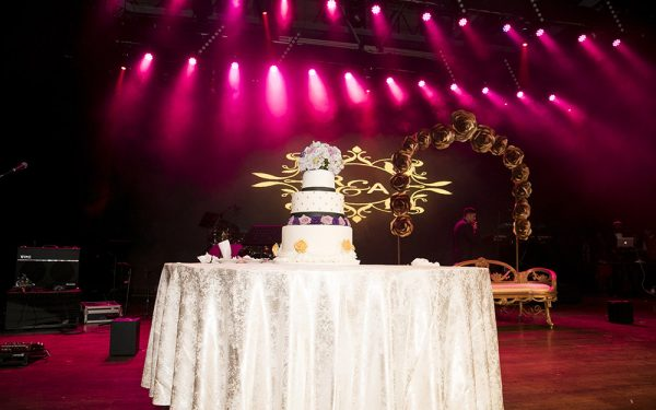 set MUSIC HALL CEREMONY INDIAN WEDDING ZABEEL SARAY
